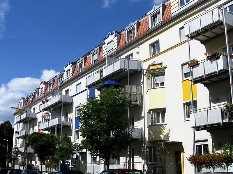 Muggenhofer Straße 46 - 50